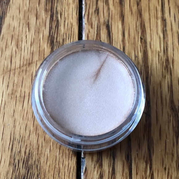 Mary Kay Other - Mary Kay Creme Eye Color - Beach Blonde